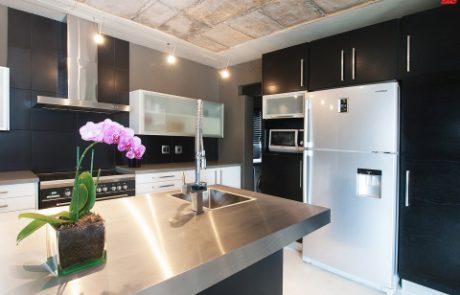 Mbombela nelspruit easylife kitchens for Kitchen cupboards randburg